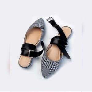 On Trend 🔥 Plaid Flats Ankle Wrap